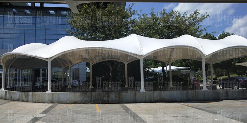 膜结构停车棚的安装工艺是怎样的?膜结构车棚安装步骤有哪些?