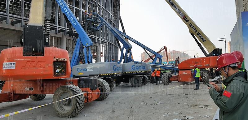 绍兴国际会展中心一期B区会议中心PTFE膜结构工程火热拼装、吊装中