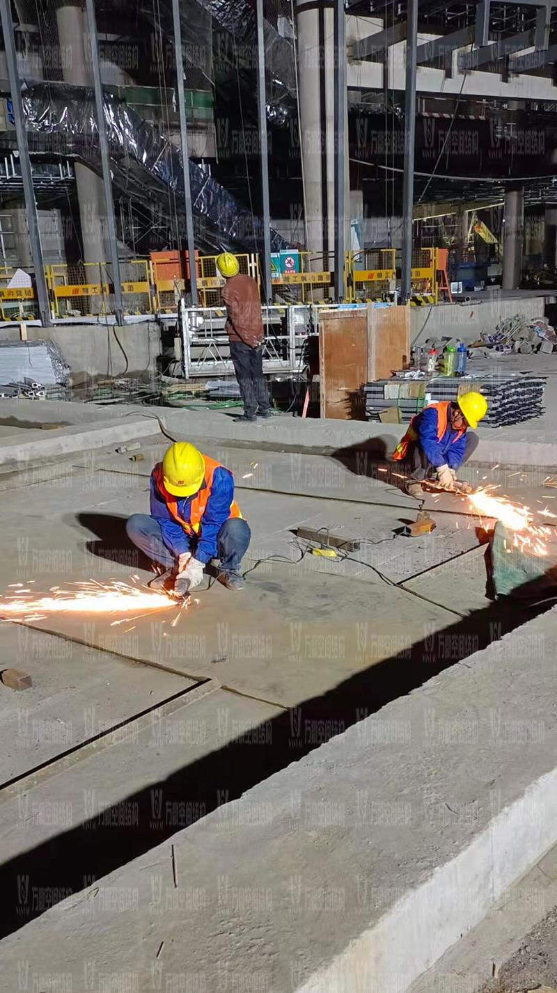 绍兴国际会展中心一期B区会议中心 PTFE外立面网格膜工程火热施工中