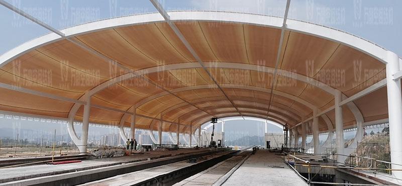 清远磁悬浮项目莲湖车站钢-膜结构工程膜结构安装中