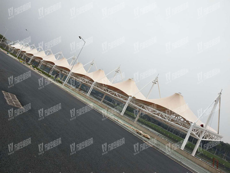 龙舟广场水上比赛看台膜结构项目